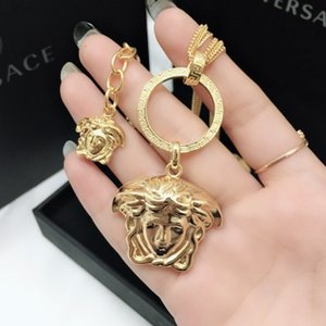 Medusa head brand women's monogram necklace fashion pendant hip rock gift selection. Ladies necklace fashion shows wealth no box