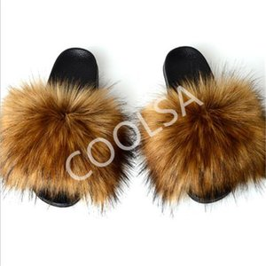 das mulheres Verão Faux Fox Fur Chinelos Fluffy Plush Início Sapatos Mulheres Fur Slides Ladies Falso Fox Sandals cabelo feminino pele dos falhanços Y200107