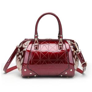 Sacos de alta qualidade Flap Shoulder Bag Bolsas de couro de patente do Favocent Mulheres Crossbody Bag Bolsa Mensageiro BagTote