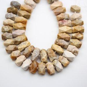 Environ 24PCS Strand, Pépite De Jades De Corail Naturel Lisse Coupe Des Perles, Centre Percé