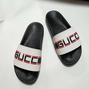 2019 Slippers Sandals Designer Slides Luxus Top Designer Schuhe Design Flip Flops Loafers für Männer und Frauen von Schuhgröße 35-45