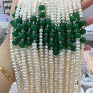 perles d'eau douce à plat blanc naturel nouée à la main et des cristaux de jade bleu long collier 45cm
