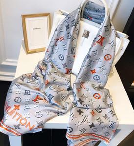 European Silk scarf Für frauen High Quality Womens Frühling brief gedruckt pashmina schals neueste seidenschals Mode kopf schal