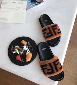 المرأة الرجل فروي النعال أستراليا نعم الزغب الشريحة المصمم أحذية عارضة أحذية على الموضة للنساء الصنادل الفراء الشرائح النعال