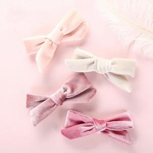 Niñas Velvet Bow Pinzas para el cabello Lovely Princess Hairbands Niños Baby Bows Barrettes Baby Hair Clips Niños Accesorios para el cabello HHA752