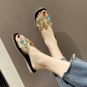 Mulheres Plano Heel Slippers Rhinestone Flip Flops Verão Slides Female Shoes Cristal Diamante Bling Praia Sandálias Sapatos casuais New
