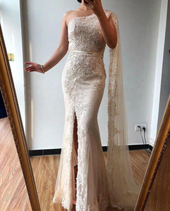 2020 One Shoulder Mermaid Prom Dresses Sexy Lace Appliqued Beaded Evening Gown Elegant Long Formal Party Bridesmaid Dresses BC4016