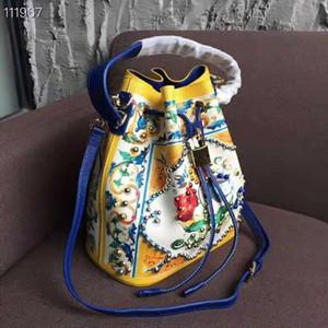 Дизайнер-новый пакет бочонка воды Римской Империи с картиной Древнего стиля разноцветный синий и белый фарфор одно плечо пересекает Wo