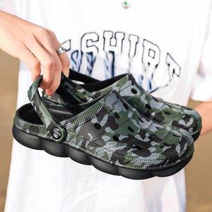 Men Sandals Summer Slippers Shoes Croc Fashion Beach Sandals Casual Unisex Flat Slip On Flip Flops 2020 Women Hollow Shoes Y200520