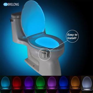 BRELONG WC Luz nocturna Lámpara LED Baño inteligente Movimiento humano PIR activado 8 colores Retroiluminación RGB automática para luces de inodoro