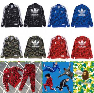 Nouveau Mode Hommes Designer Survêtements Marque Hommes Femmes Streetwears Hip Hop Designer Veste + Pantalons Costumes Camouflage Sport S-3XL 2040700V