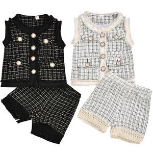 Moda Bebek Kız Giyim Seti Çocuk Ekose Kolsuz Yelek Ceket + Püskül Kafes Şort Pantolon 2pcs / set Butik Chothes Çocuk Suits M944