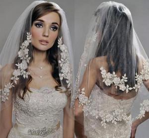 Narin Aplike Dantel Gelin Veils 2020 Pırıltılı Kristaller İki Katman Dirsek Uzunluk Düğün Veil headpieces Gelin Aksesuar ile Tarak AL6044