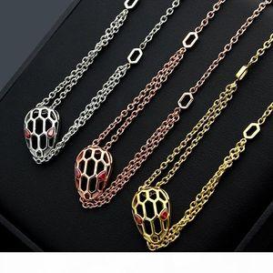 Pop Alta USpecial 2019 Hollow serpente della collana della testa Oro rosa 18 carati Lady Snake Red Eye capo doppio della collana di trasporto libero