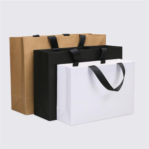 High quality Balck White kraft paper bag with handle wedding party bag Fashionable cloth shoes gift paper bags Wholesale