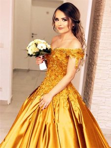 Lace Satin Quinceanera Dresses Vintage Design Off Shoulder Flower Appliques Gold Burgundy Navy Bridal Gowns Vestidos De Noiva B47