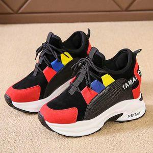 Platform Shoes Patchwork Times New Roman donne incunea Sneakers Moda Femminile suola spessa pattini casuali Donna Lace Up scarpe da tennis