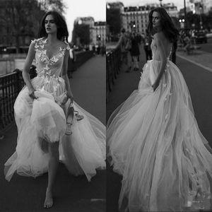 2020 vestidos de boda atractivo de la mariposa de tul plisado apliques sin respaldo Beach Una línea de vestidos de novia palabra de longitud vestido de boda