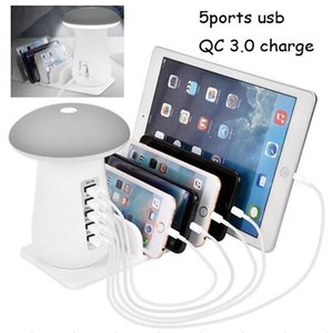 fashion design 5 in 1 usb charger 5v 1A 2.1A QC 3.0 universal fast charger power pad charge dock with cellphone holder for phone tablet