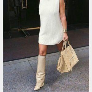 Best-Selling-Gürtelschnalle-Keil-Aufladungen Frauen-reizvolle Spitzschuh Sperren Falten Kniehohe Stiefel Höhe zunehmende Stiefel Größe 35-42