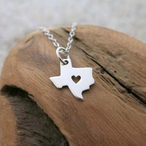 30 Kontur liebes Herz Texas Karte Halskette Herz-geformte amerikanische TX Stadt-Halskette und Caring Texas Halskette Karte Geographie Heimatstadt Schmuck