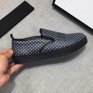 Diseñador Slip-Ons Hombres Mocasines de lujo Marca de moda Zapatos casuales New Tide Designer Shoes Black and White