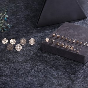 Wholesale 11Pairs Set Mixed Styles Rhinestone Sun Flower Geometric Animal Plastic Stud Earrings Set For Women Girls Jewelry
