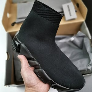 2020 Designer Shoes 35-46 US12 Men's Socks Speed Fashion Women Sneakers Triple Black Runner Trainers Comfortable Light Casual Cushion Shoes