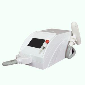 Machine portative de retrait de tatouage de laser du style 2000mj ndyag avec 532nm 1064nm 1320nm pour l'utilisation de traitement de pigmentation