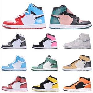 New Best 1 High OG Chicago Banned Game Royal Basketball Shoes Men 1s Top 3 Bred Multicolor Women Sneakers Designer Sports Running Shoes