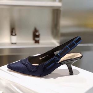 2020 nuovi pattini lettera di colore del nodo dell'arco del pattino dell'alto tallone della punta aguzza tacco basso scarpe da donna Gladiaor sandali della signora Brand Design Mesh Donne Runway