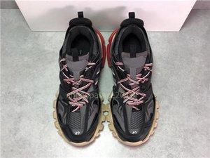 Homens Mulheres Sapatos Casuais faixa 3.0 ténis Tess TRACK3. 0 Maille Green Black Outdoor pista 3m Triple S Calçado Designer De Luxo ténis Sleakersl26
