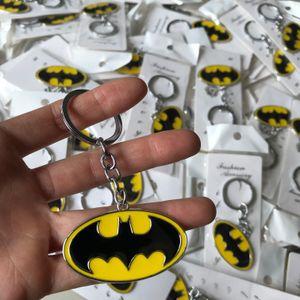 10 pçs / lote batman keychain marvel os vingadores filme jóias anime metal chaveiro chaveiro anel chave titular presente mulheres homens pingente de moda