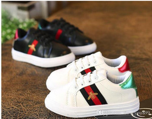 Yeni Tasarımcı Pembe Altın Gümüş Eur26-36 Perçinler Çocuk Sneaker Yüksek Kalite Çocuk Ayakkabı Kız Erkek Ayakkabı