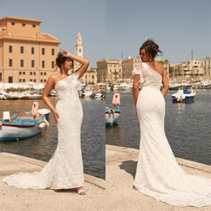 Sexy One Shoulder Beach Wedding Dresses Lace 2020 Boho Mermaid Bridal Gowns Illsion Back Sweep Train Vestidos De Novia Plus Size AL6449