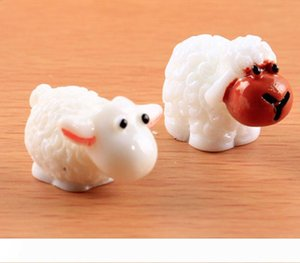 2017 new Ornaments Couple Sheep Moss Micro Landscape Decoration Resin Jewelry Arts and Crafts free shipping