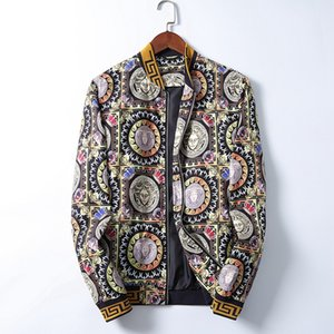 high quality luxury jacket Men Spring New Jean Jackets Hip Hop Ripped Designer Denim Blue Coats Long Sleeved Single Breasted Jacket Clothing
