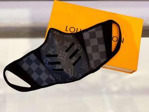 Tasarımcı Anti-Dust Pamuk Ağız Yüz Kutusu Yok Siyah Moda Lüks Yüz maskesi taktığınızda Siyah Koruyucu Maskeler Unisex Facemask Erkek Kadın Maske