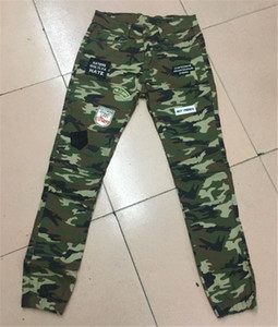 Camouflage Skinny Mens lungo tratto jeans patch Mens pantaloni della matita modo raffredda l'esercito verde Pantaloni uomo