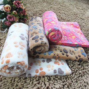 Pet Battaniye Kennels Sevimli Paw Ayak Baskı Köpek Battaniye Yumuşak Flanel Uyku Paspaslar Yavru Kedi Sıcak Yatak Örtüsü Uyku Pad YFA2025