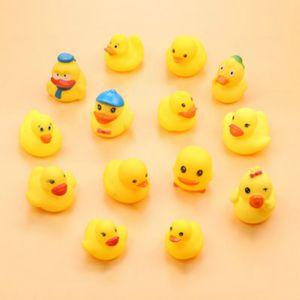Baby-Designer Badespielzeug Neugeborenes Baby Mini Badespiel Spielzeug Mode Bade Sounding Tiere Pinch Spielzeug Hot Verkauf