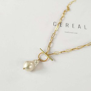 Gothic Pearl Freshwater Pearl Pendant Choker Necklace for Women Wedding Punk Bead Long Chain Necklace Jewelry Gift