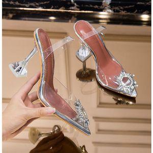 Meifeini 2019 yazında yeni şeffaf bayan sandaletleri moda zarif jöle stiletto ayakkabılar sivri elmas taklidi yüksek topuklu Y200405