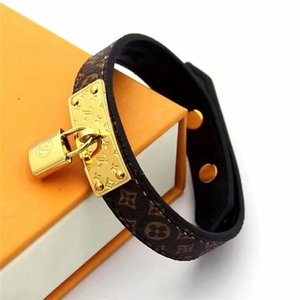New Wholesale schöne Armbänder Mode Männer Frauen sperren Armband Titan Stahl echten Leder-Armband mit Kasten
