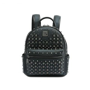 High-quality 2020 new ladies rivet backpack trend large-capacity shiny schoolbag Korean wild backpack personalized punk classic designer