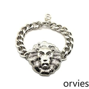 2020 European and American jewelry New high-quality jewelry alloy star retro lion head bracelet