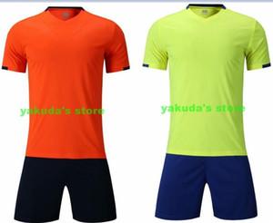 Diskont-preiswerte personifizierte Fußball-T-Shirts Mit Shorts Design Gewohnheit kaufen authentische Fan Kleidung Fußball Jerseys Online-Shopping-Läden
