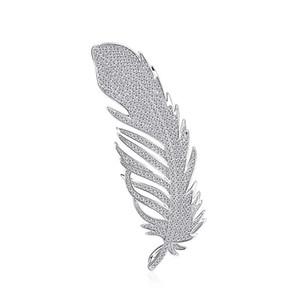 Personality Trend Temperament Copper Spilla Angel Wings Feathers Noble Copper Zircon Spilla Pin Gioielli da sposa di alta qualità
