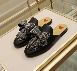 Femmes Hommes pantoufles en cuir Designer Princetown Mocassins mules avec grands appartements de mocassin pantoufle de luxe arc beaucoup de styles grande taille 34-46