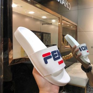 73 luxurydesigner 2020 New Paris Luxury Designer Sliders Mens Womens Summer Sandals Beach Slide Slippers Ladies Flip Flops Loafers